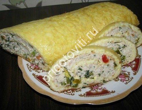 Закусочный сырный рулет фото
