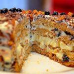 """Эффектный торт """"Трухлявый пень"""" на любом застолье произведет фурор."""