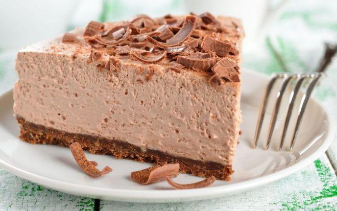 Очень нежный шоколадный торт-суфле без выпечки