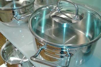 Идеальная чистота кухонной посуды без особых усилий!