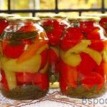 Отличные маринованные помидоры с болгарским перцем