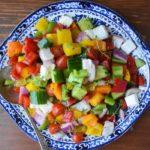 От них еще никто не отказался! Овощной салат с болгарским перцем и сыром фета