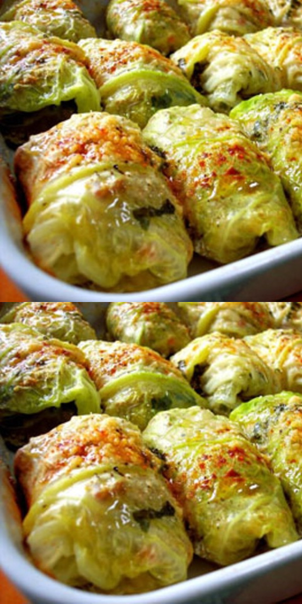 Голубцы - изумительное по простоте и вкусности блюдо. Приготовление, конечно, требует времени, но результат всегда оправдан!