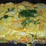 Картофельная запеканка с ветчиной и сыром: просто сказка!