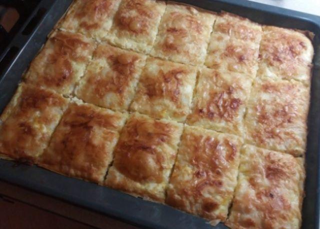 Рекомендую этот рецепт! Люблю готовить такой вкусный и пушистый пирог, а родные поедать.
