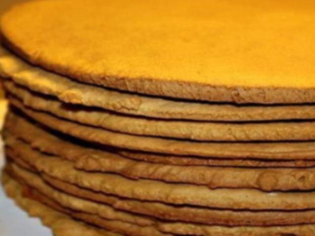 Сметанные коржи для торта. Как быстро приготовить торт?