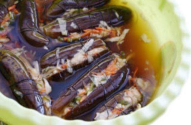 Советую взять на заметку вкусный рецепт квашеных баклажан с капустой, вкуснятина просто, Ваша семья будет в восторге.