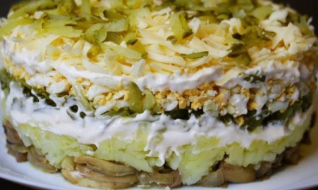 Салат «Грибы Под Шубой» — шикарное дополнение к праздничному столу!