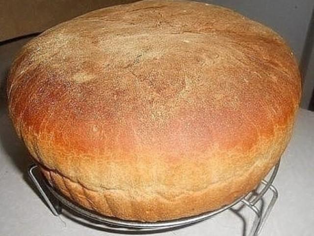 Любимый семейный рецепт домашнего хлеба! Печем наверное уже лет 50!